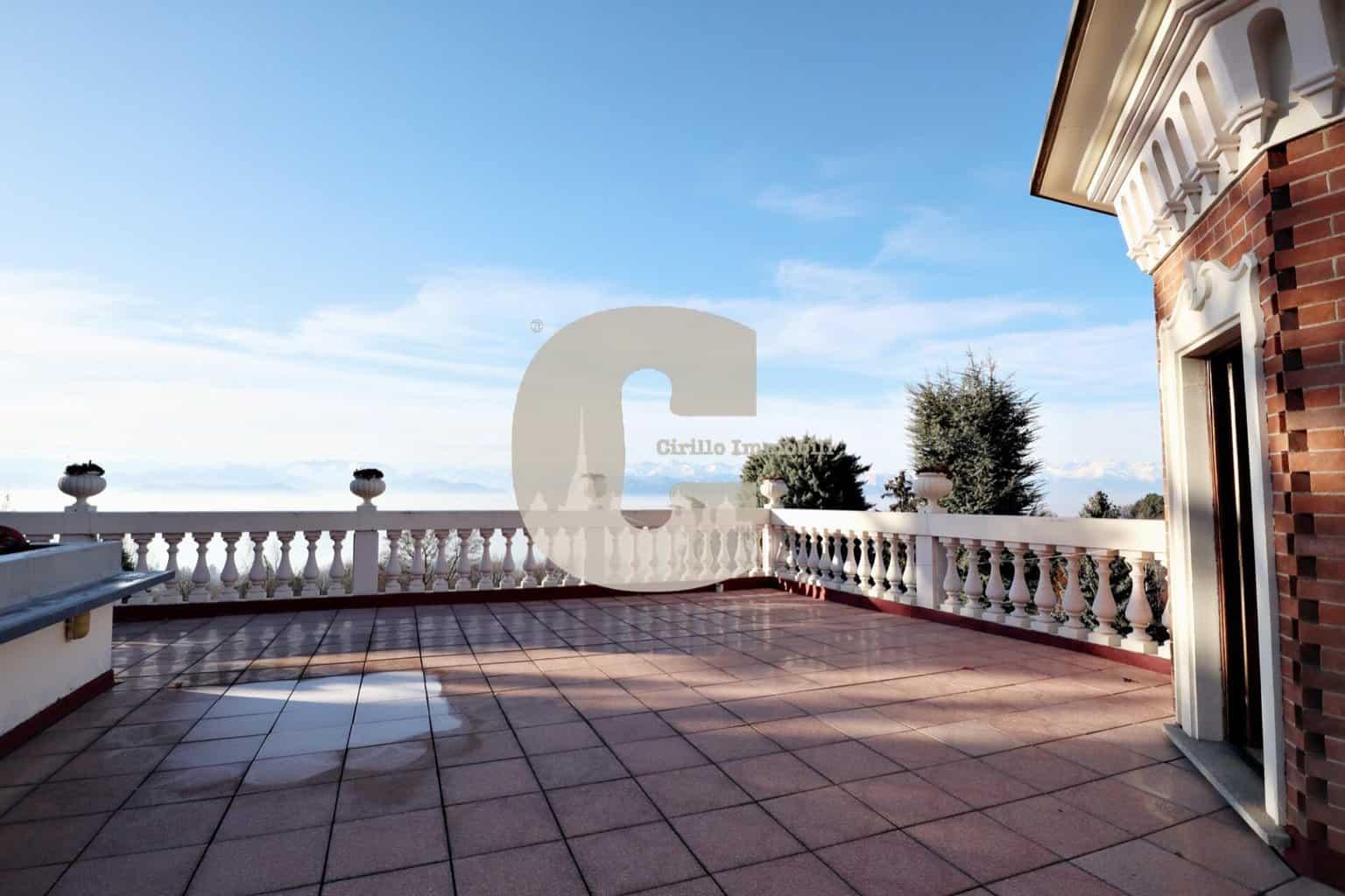 Villa – Strada Moncalvo n.77 Moncalieri